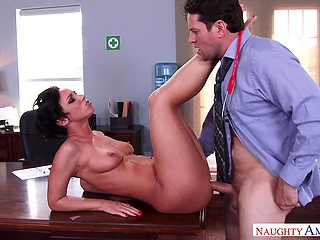 Brunette Jada Stevens with short hair thinks sex will help to convince the doctor