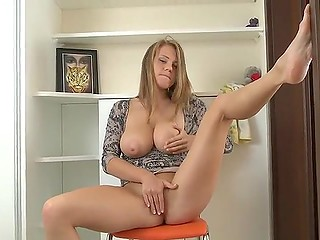 Cleaning will wait but wet pussy won't so Latvian babe decides better to masturbate right off