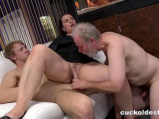 Boy allows old bisexual cuckold to share the wife's notoriety and suck his penis a bit