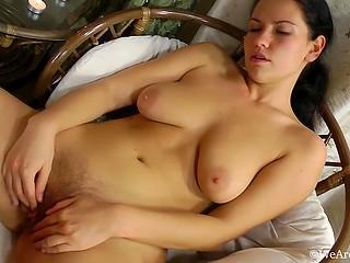 NATURAL. Beste Sex-Bilder, heiße XXX-Fotos und kostenlose Pornos