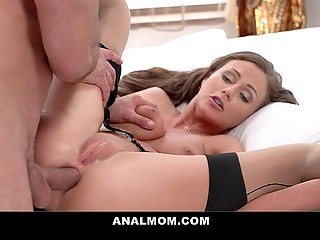Rendezvous with handsome man ends for slim Lithuanian MILF with fantastic anal sex
